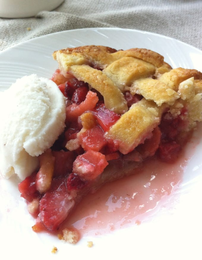 Strawberry Rhubarb Pie with Almond Crust