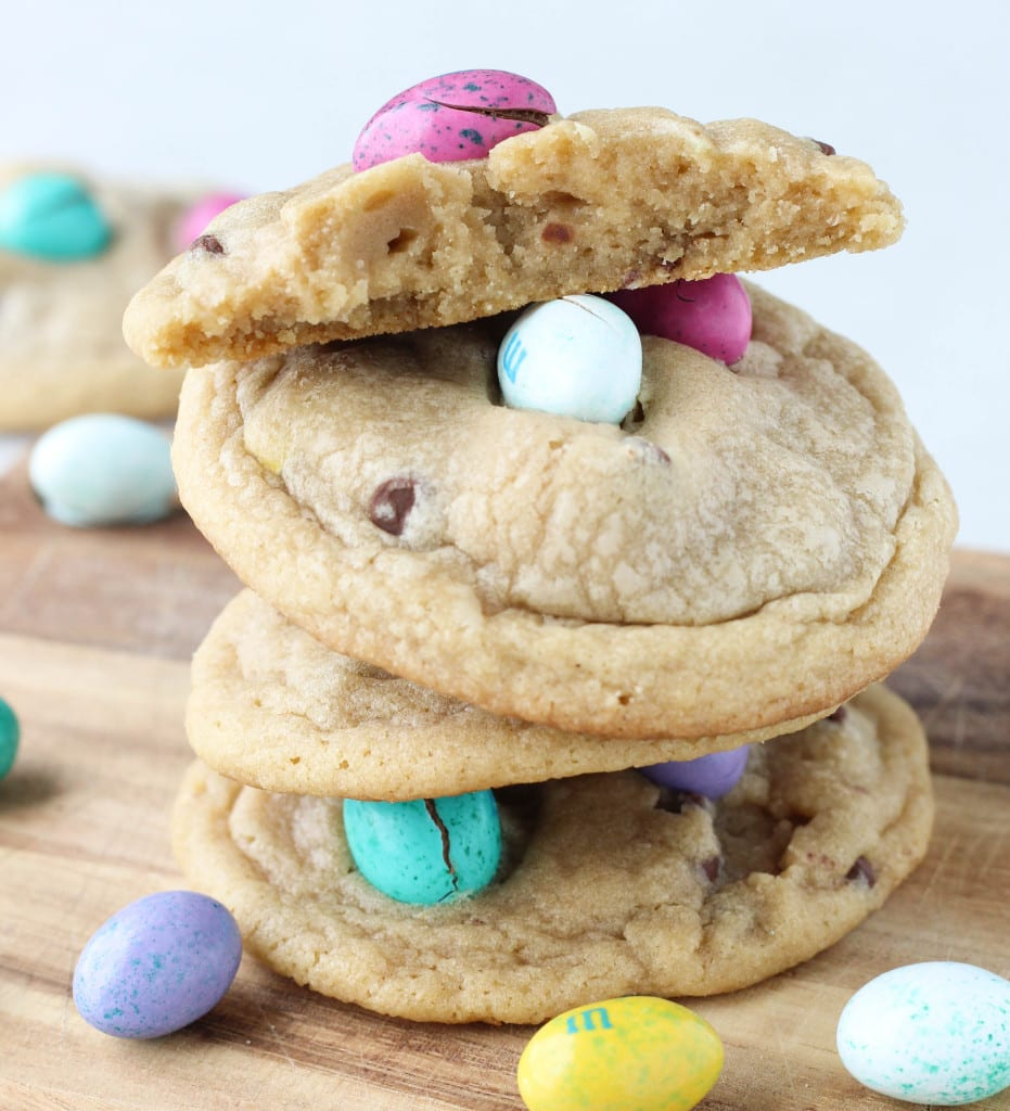 Easter Peanut Butter M&M Chocolate Chip Cookies