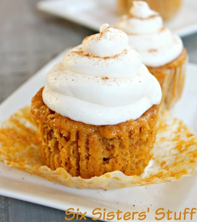 Six Sisters Stuff Pumpkin-Pie-Cupcakes-673x1024