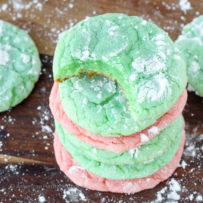 These Festive Almond Crinkle Cookies are easy, fast and only require 4 ingredients! A recipe that is perfect for Christmas or any time of year!