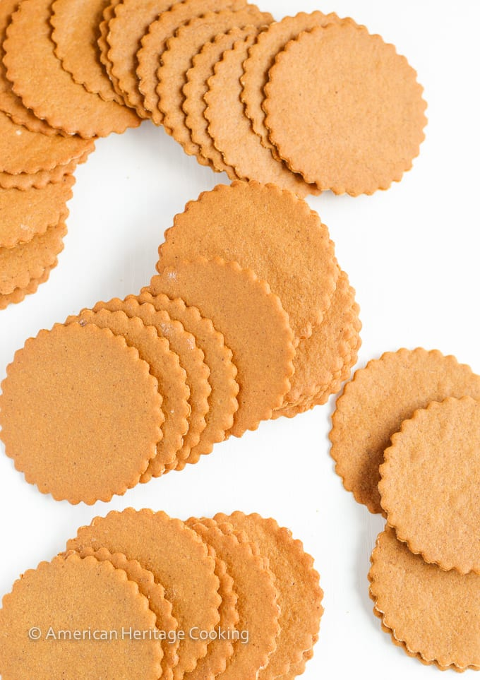 Moravian Christmas Cookies are paper-thin, crispy, spiced molasses cookies. Sweet and gingery, they taste a bit like gingerbread but are waaaay more addicting!
